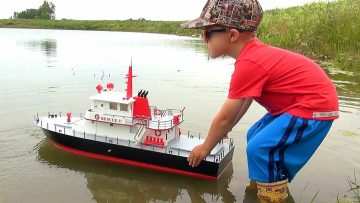"RC EVENTYR – NEW Capt. MOE & the AquaCraft Rescue 17 Fireboat RTR ""SCALE BOAT""! #ProudParenting"