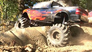RC ADVENTURES – MEGA TRUCK w/14″ LiFT on 54″s – TRAXXAS TRX4 1/10 Scale MONSTER TRAiL TRUCK