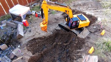 RC ADVENTURES – 1/12 Scale Earth Digger 4200XL Hydraulic Excavator