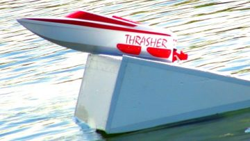 RC ADVENTURES – Home-made River Jump & RC JET Boats