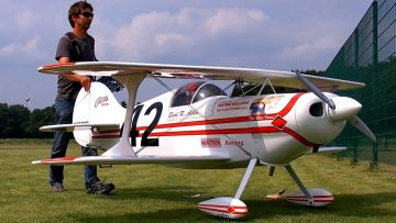 GIANT RC PITTS SPEZIAL S1 SCALE MODEL AIRPLANE DEMO FLIGHT / Pitts Meeting Vechta Germany 2016