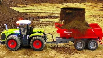 RC CLAAS TRACTOR WITH KAMPE LOADER AT WORK ON THE RC CONSTRUCTION SITE