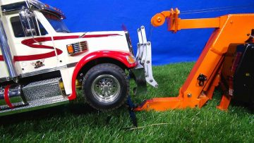 """RC AVANTURE – Behind the Scenes Pre-Run for """"SCANiA R560 Wrecker Tow Truck, Towing Practice"""" Film"""