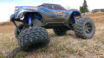 AVENTURES RC – Traxxas XMaxx – AiR TiME – A MONSTER TRUCK!