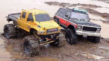 "GMC TOPKiCK ""OVERKiLL 2020"" vs FORD ""1979 BRONCO"" – MUD TRUCKiNG iN ""CHOLOLATE MiLK"" 