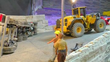 WHEEL LOADER | RC VOLVO L250G WORKS HARD | THE BIG RC CARRARA MINE! rc live action heavy day!
