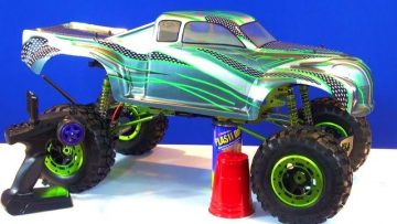 RC ADVENTURES – BUDGET CRAWLER BUiLD UNDER $300 – Build a 1/5th 4X4 MONSTER TRUCK