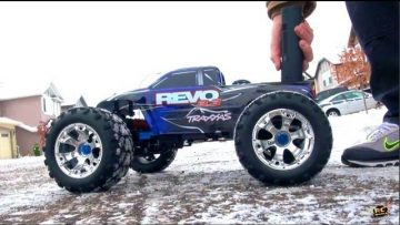 RC 冒险 – TRAXXAS REVO 3.3 NiTRO – and GARY's Garage!