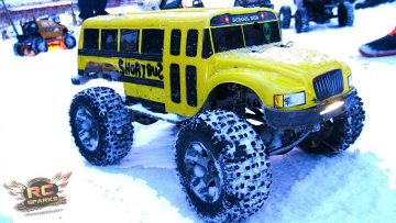 "AVENTURAS RC – 13 RC 4X4 Trucks – ""In to the Core"" Pt 1 – Inspired UrbanRCLA, & the RC 4X4 Hobby!"