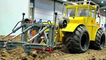 AMAZING RC AGRICULTURE WITH FASCINATING DETAILED AND POWERFUL SCALE 1:14 MODEL MACHINES IN BEWEGING