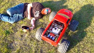 Raminator – MEN and a MEGA TRUCK : LARGEST GAS POWERED MT! 49Cc | PRIMAL RC ADVENTURES