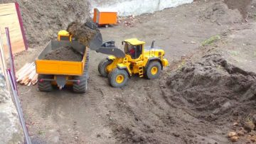 Canteiro – RC VOLVO L 250G and  Kirovets K-700 work