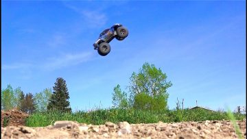 AVENTURES RC – Traxxas X-Maxx gets Air Time – 6s Lipo, Electric Power 4×4 Monster Truck
