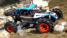 WE DON'T NEED ROADS! LOSI LASERNUT U4 1/10-scale 4WD Rock Racer (RR) RTR | RC AVENTURI
