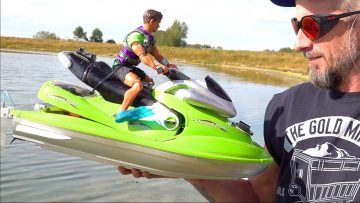 "TOY to ""HOBBY-GRADE"" PROP SKI – SUPER FAST! KAWASAKI 6s LiPO WIDE OPEN WATER 