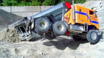 RC Truck Crashed at the Construction Site! Tamiya Globe Liner 6×6! Truck Rescue!