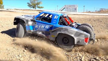 8S 1/6 超级巴哈雷 2.0 4WD Brushless Desert Truck RTR – TRACK TIME! | RC 冒险