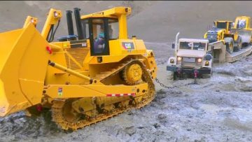 TRUCK RESCUE EXTREME! CATERPILLAR D10 RESCUE ACTION! RC TRUCKS IN MUD