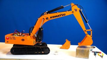 RC AVENTURI – Siberia Super Duty Bucket for Earth Digger 4200XL Hydraulic RC Excavator