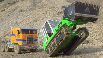 TRUCK ACCIDENT! LIEBHERR PR 741!CHANTIER DE CONSTRUCTION! TRUCK CRASH! MUDDING RC CONSTRUCTION SITE!