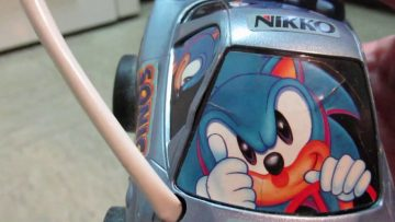 Classic Sonic RC car repair