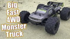 Basher tamanho monstro! Equipe Corally Punisher Brushless 4wd Monster Truck Review | RC Driver