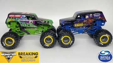 SPIN MASTER MONSTER JAM BREAKING WORLD RECORDS | SERIES 1 | 1:24 SCALE