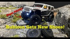 SCX24 Jeep Rubicon gets a new set of Rock Creepers and Beadlock wheels!