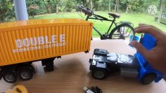 RC Mercedes Benz Arocs Container Trailer unboxing og anmeldelse (Bahasa Malaysia)