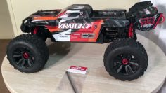 Arrma Kraton 8s Mild Build (Yes I Did) To Be Continued!!!!!