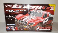 Entpacken Traxxas Slash 1:16 RC Short Course Truck (Gebürstet)