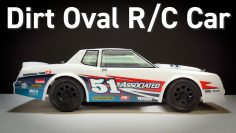 SR10 Street Stock Dirt Oval R / C Auto van Team Associated