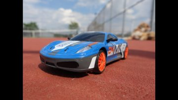 RC Drift Car 1/24 2.4GHz 4WD Controle remoto Sport Racing On-Road Vehicle Review