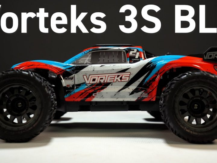 Reviewing the Arrma Vorteks 3S BLX Brushless Stadium Truck