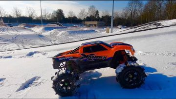 TRAXXAS X MAXX #HARDJUMPSESSION BEST RC CAR OF THE WORLD IM FORMAL NO CONCURENT NEAR OR FAR